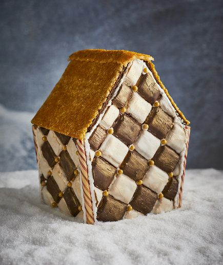 harlequin-gingerbread-house