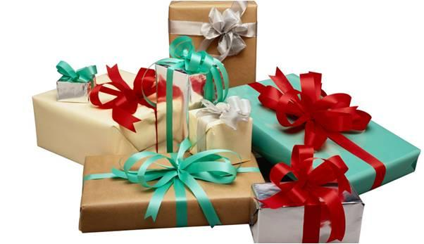 4 Gifts To Friends This New Year 2016