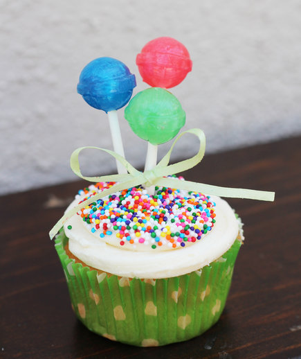 Balloon Bunch Cupcake Toppers